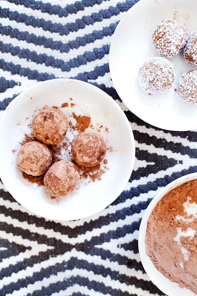 Vanilla and Chocolate Protein Truffles | ourfourforks.com | #vegan #glutenfree #recipe