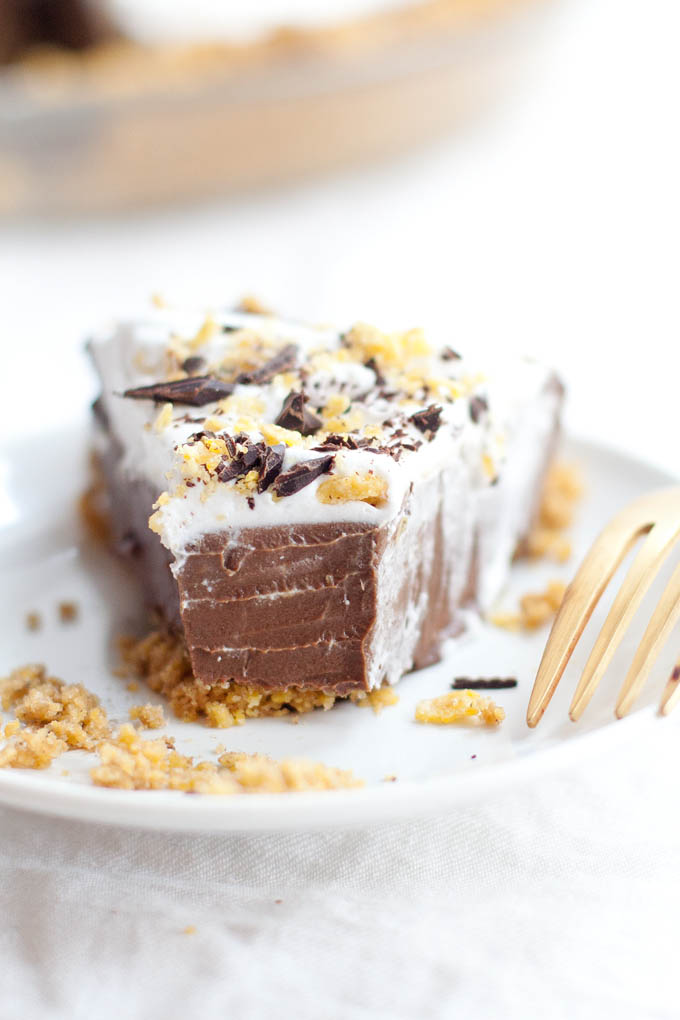 Mexican Chocolate Tortilla Chip Pie   Our Four Forks   #vegan #glutenfree #recipe